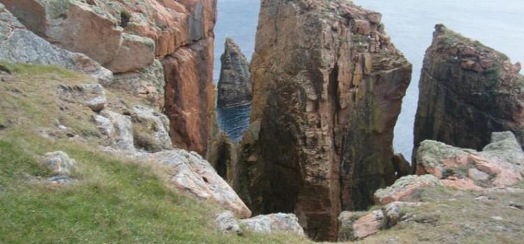 Dramatic cliff walk Eshaness, Northmavine Shetland